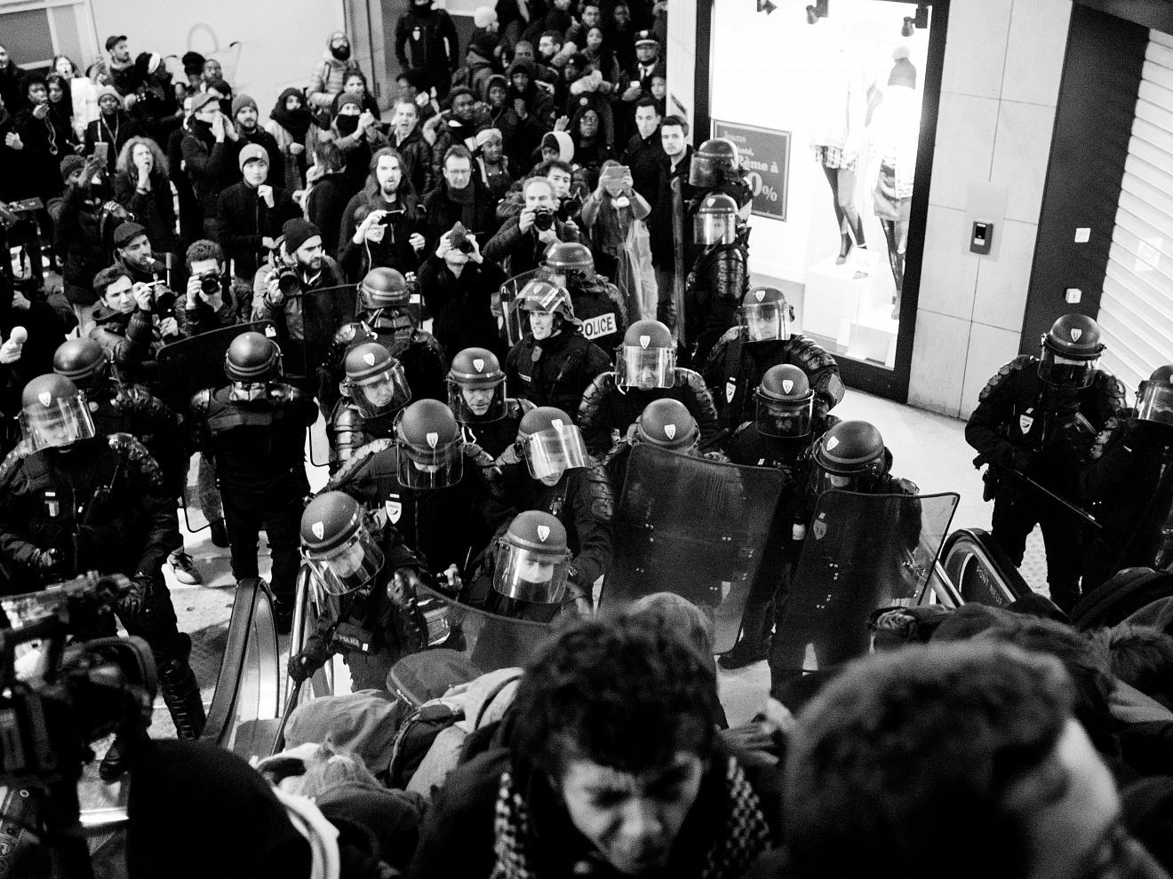 France;Paris;2017  Riots at Les Halles station.